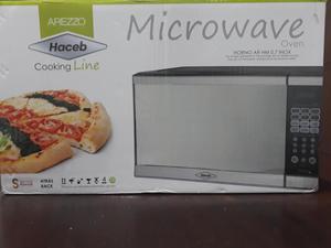 Se vende Horno Microondas Haceb Arezzo 0.7 Nuevo!