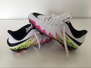 Guayos Futbol Nike Hypervenom Talla 35