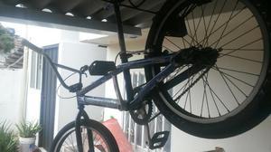 Se Vende Bicicleta Bmx en Buen Estado Co