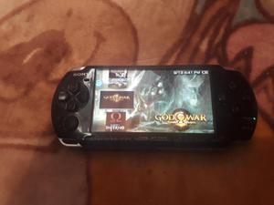 SE VENDE PSP MODELO  GB TIENE 10 JUEGOS GRABADOS