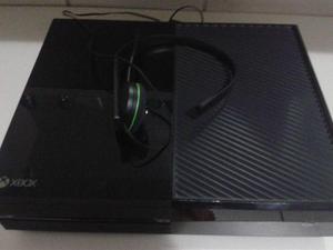 Xbox One de 500gb con diadema, control y Halo Master Chief