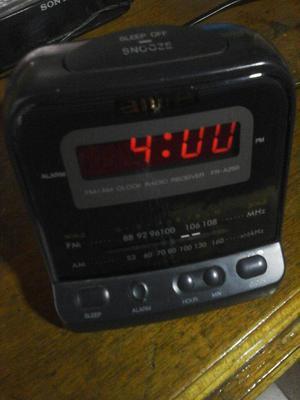 Radio Despertador Aiwa