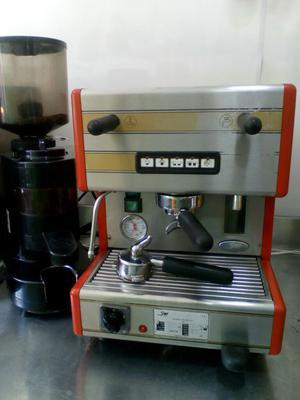 Cafetera Express Capichinera con Molino