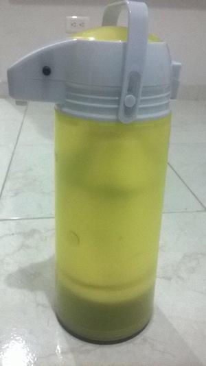 TERMO con dispensador de 2 litros NUEVO
