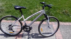 Bicicleta Huffy todo terreno para mujer