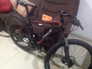 Vendo Bicicleta Marco M FUJI