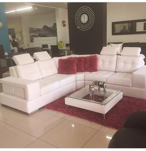 Sofas muebles esquineros modernos en medellin posot class for Sofa cama medellin