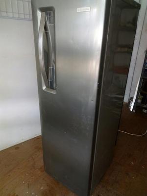 Expectacular Congelador Vertical Electro