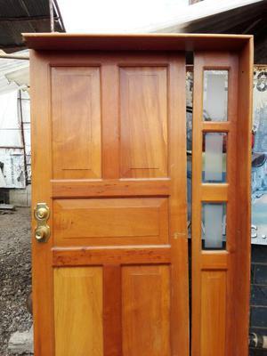 Puerta entrada principal posot class for Puertas de madera para entrada principal de casa