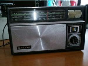 Vendo Antiguo Radio Sanyo