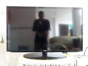 Televisor 40 Led Smart Full Hd Garantía