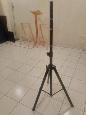 tripod para equipo de sonido cambio por tecnologia