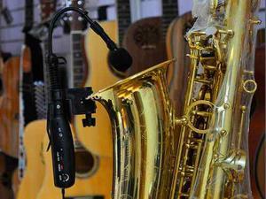 Saxofón Profesional Uhf Sistema De Micrófonos
