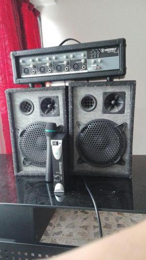 Planta amplificadora YAMAKI lex 104c y micrófono