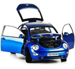 Carro A Escala 1:18 Volkswagen New Beetle