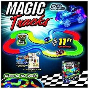 Pista Carros Magic Tracks Flexible Brilla En La Oscuridad