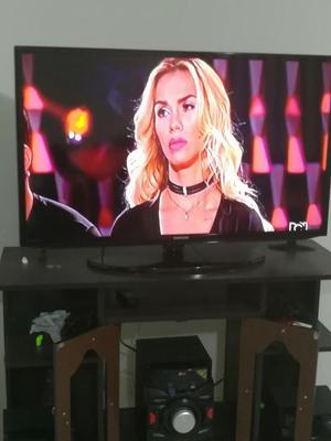 Vendo Televisor Esmart de 40 Pulgadas