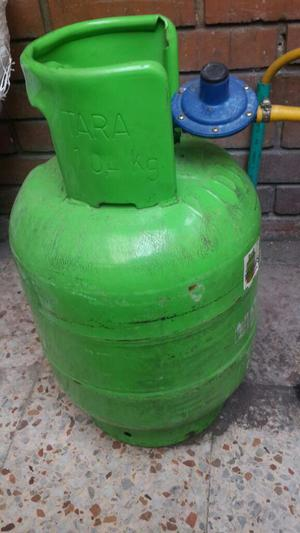 Estufa a Gas con Cilindro, sin Regulador