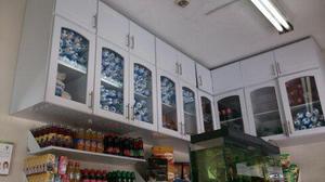 Muebles a pared para negocio u hogar