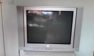 SE VENDE TV LG FLATRON