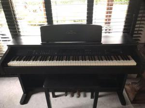 Piano yamaha clavinova cvp cali posot class for Yamaha clavinova cvp 303