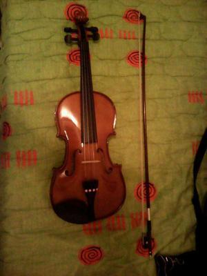 Se Vende Violin Cremona 4\4