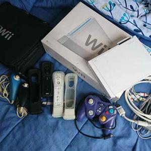 Consola Nintendo Wii + 2 Controles + Estuche Y Mucho +