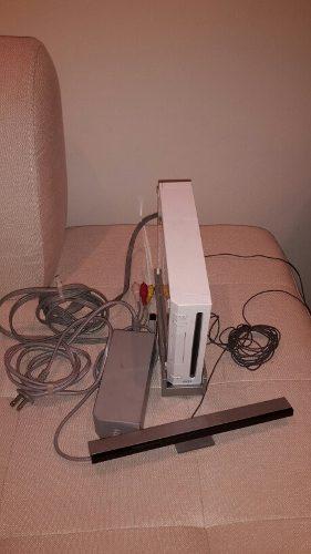 Nintendo Wii, 2 Controles, Disney Infinity Y Set De Juegos