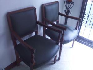 lindas sillas de madera