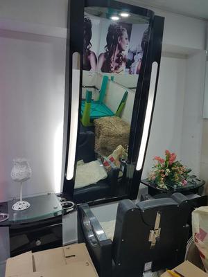 Vendo Sala de Belleza Nueva