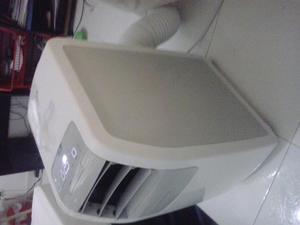 Electrolux Aire Acondicionado Portatil  BTU Blanco