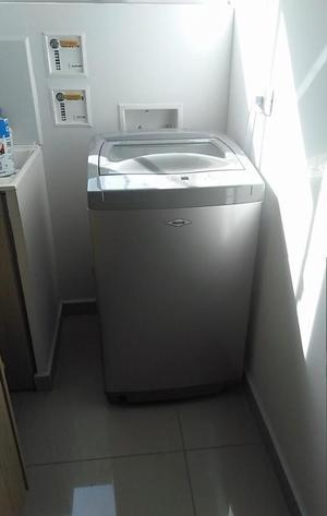 Lavadora HACEB como nueva 9.6 KG O 21 LIBRAS. excelente