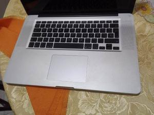 Macbook Pro 15'' (intel I7 2.2ghz), 208 Ciclos Bateria