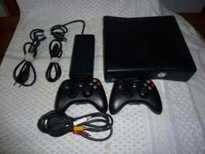 Xbox 360 Slim 4gb Con 2 Controles +10 Juegos Obsequio