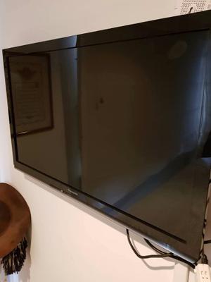Tv Panasonic Viera Led 32 Pulgadas.tc-l42e3 En Perfecto Esto