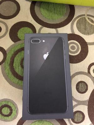 iPhone 8 Plus 64GB Gris Espacial Nuevo