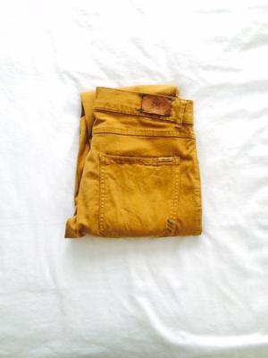Pantalón Zara talla 38 Mostaza