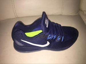 Vendo permuto Tenis Nike Talla 39