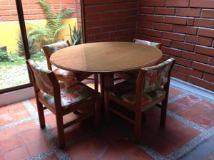Juego de comedor de madera y vidrio de 6 posot class for Juego de comedor de vidrio y madera