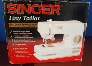 VENDO MÁQUINA DE COSER SINGER TINY TAILOR TT700