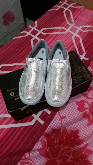 Zapatos Nuevos para Niña Talla32