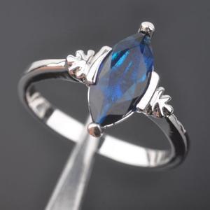 Piedra Preciosa Zafiro Azul De Moda Para Mujeres De Plata