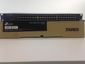 Se vende Switch TP Link 48 Puerto  Nuevo