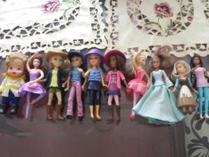 Vendo Linda Coleccion de Muñecas Cajita