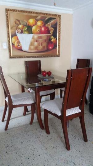 Vendo comedor 4 puestos mesa de vidrio posot class for Comedor 4 puestos vidrio