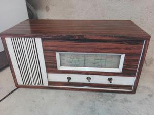 Radio Antigu Marca Ekco