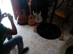 guitarras electricas y acusticas