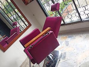 Se venden muebles de peluqueria en buen estado posot class for Muebles de peluqueria