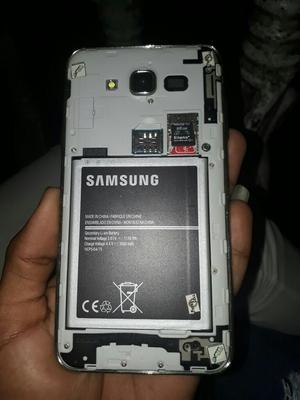 Vendo Celular Samsung Galaxy J7 Duos