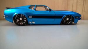 Auto Deportivo De Coleccion Ford Mustang Mach 1 Escala 1:24
